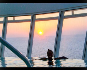 Does it get better than this? An infinity Jacuzzi at sunset!