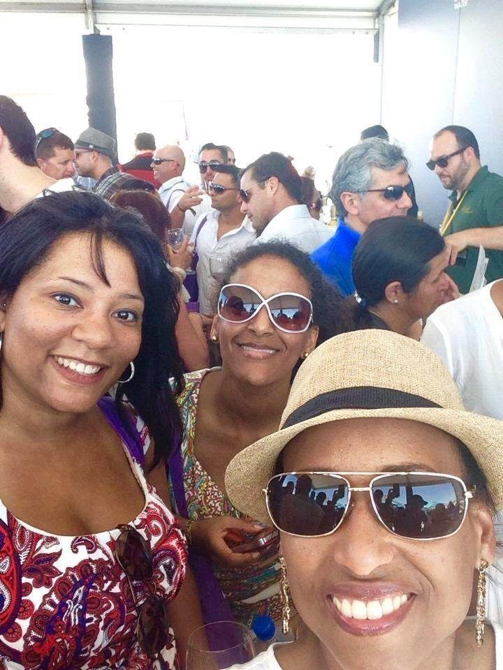 Good food & great times with friends at the SOBE Wine & Food Festival