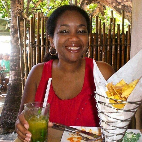 Sophia enjoying a Mojito and Plantain chips at Lario's on Miami Beach!