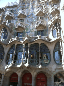 5 Favorite Cities to See in Europe-Barcelona!