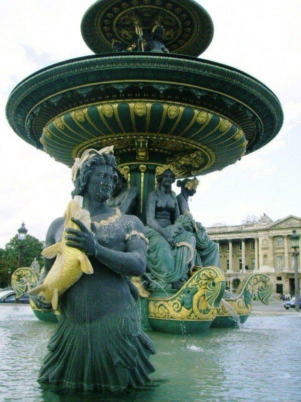 Paris Favorite Sites in the City of Lights. Place de la Concorde