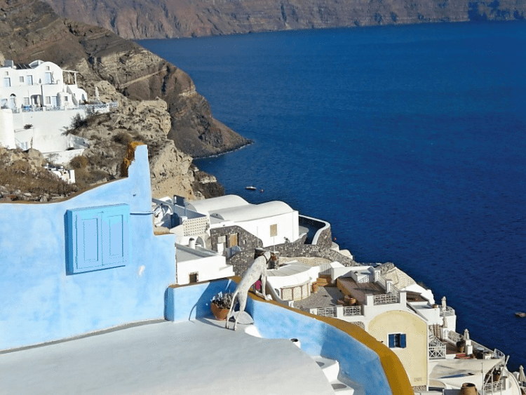 The 5 Most Romantic Cities in the World! Santorini, Greece!