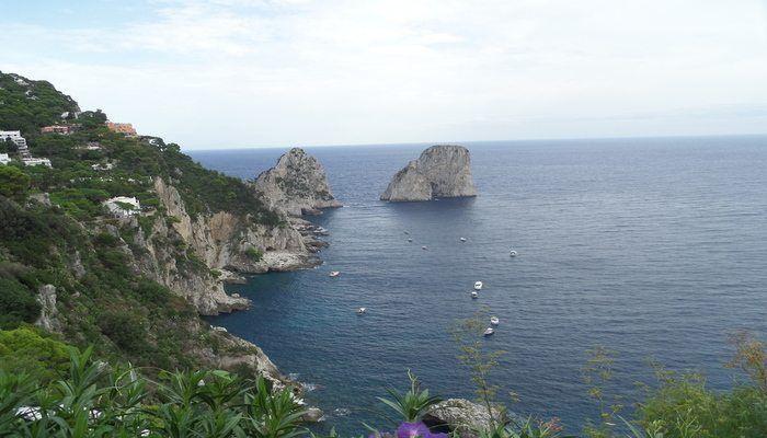Travel to the Romantic Isle of Capri!