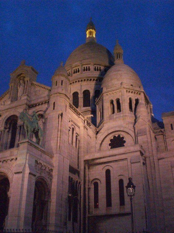 Paris Favorite Sites in the City of Lights. Sacre Coeur