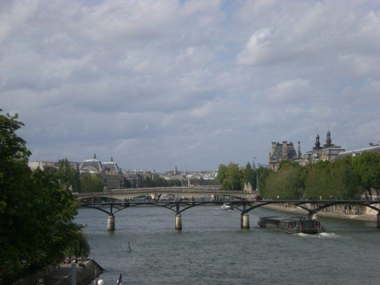Paris Favorite Sites in the City of Lights. The Siene River.