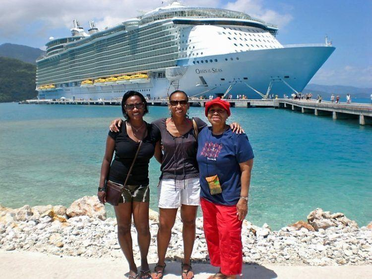 Cruise Tips & Tricks! Get Advice on when to cruise, how to save money, how to book tours/excursions, dining options and much more!