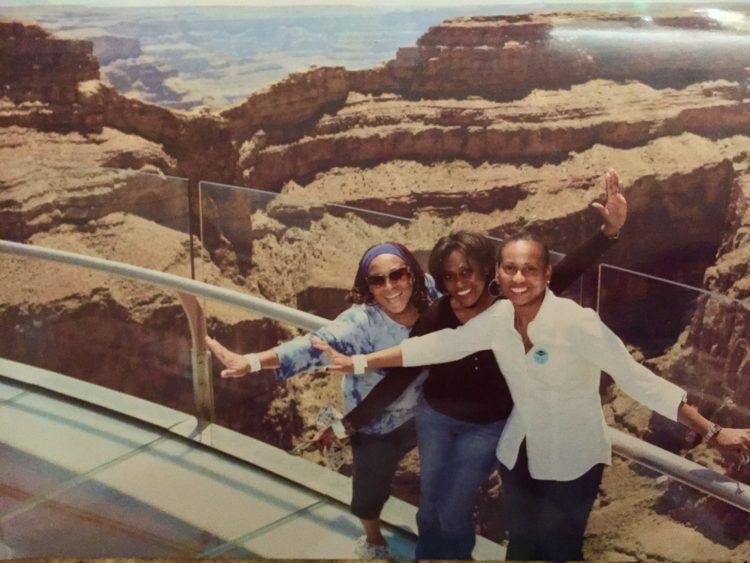 Th SkyWalk at the Grand Canyon! The Non-Gamblers Guide to Las Vegas! Visit Las Vegas Nevada for shopping, great restaurants, luxury hotels and spas and to see a fantastic show! Travel to Las Vegas with friends, family or solo using this guide to make the best of your vacation!