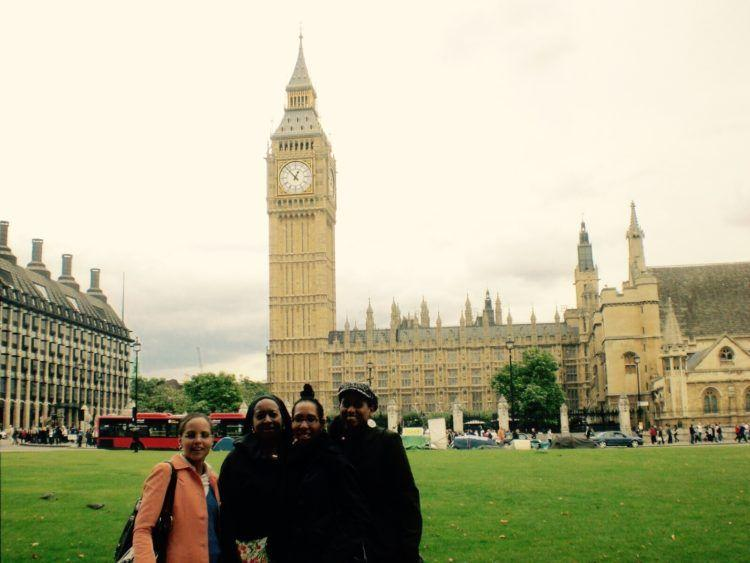 24 hours in London, things to do in London, London sightseeing, things to eat in london, london travel guide,24 Hours in London: Things to Do & See! Eat fish & chips, visit Buckingham Palace, ride The London Eye and much more!