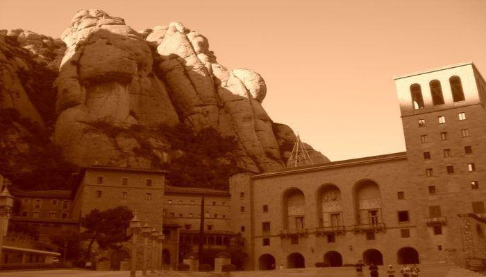 A Day Trip form Barcelona to Montserrat!