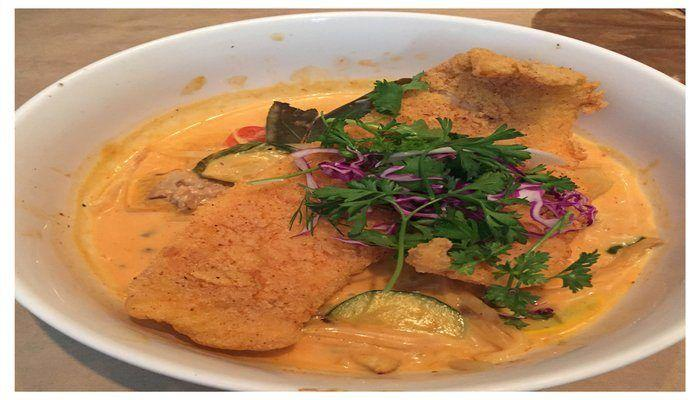 Poor Calvin's Absolute Fusion Restaurant Review. This downtown Atlanta restaurant serves up delicious Thai and Asian fusion cuisine!