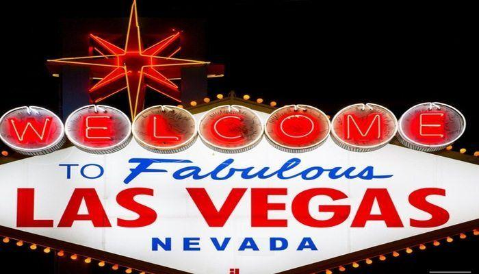 The Foodie's Guide to Las Vegas! A list of restaurants from comfort food to fine dining!
