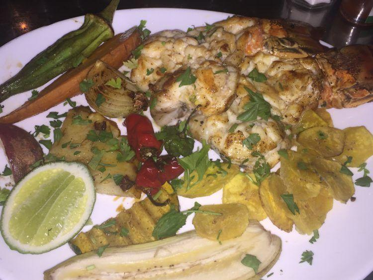 A list of delicious Havana restaurants & bars, havana cafe, restaurants in Havana Cuba, Cuban restaurant,