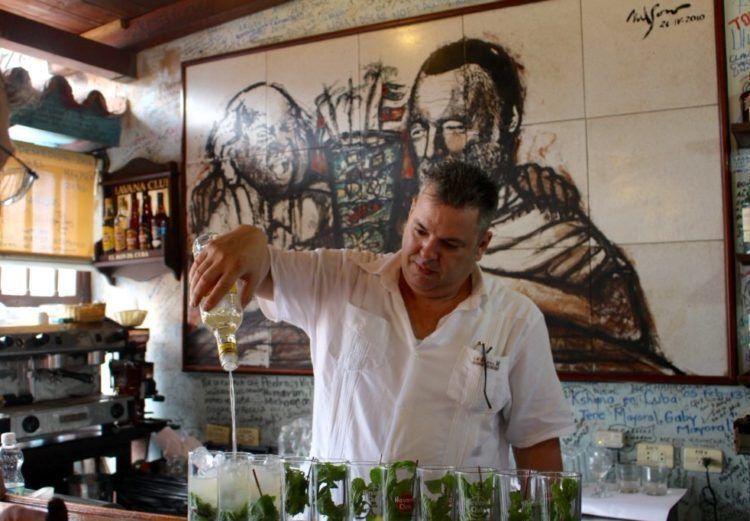 A list of delicious Havana restaurants & bars!