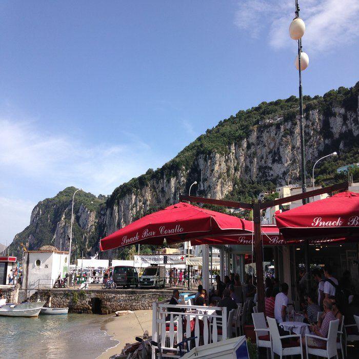 Seaside restaurant in Capri