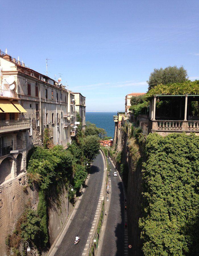 Walking around the streets of Sorrento!