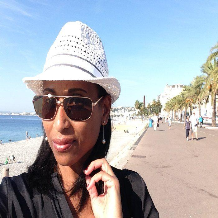 A selfie in Nice on the Promenade des Anglais