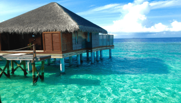5 Reasons The Maldives is the Perfect Honeymoon Destination!