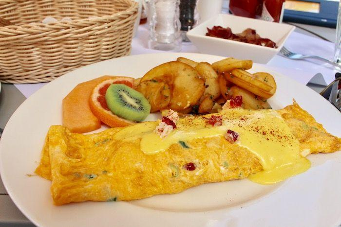 Lobster omelet at Eggspectation