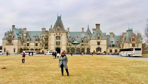 Christmastime at The Biltmore Estate! (Including a tour of The Biltmore House)