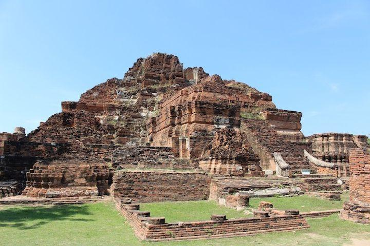 Wat Mahathat Temple of the Great Relic in Ayutthaya