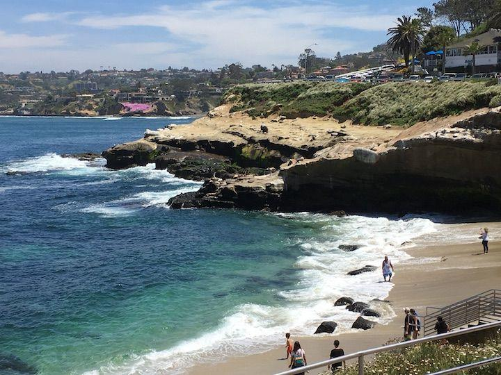 Picture Perfect Reasons to Visit La Jolla in San Diego! If you are traveling to Southern California make a stop at this beautiful hillside area!