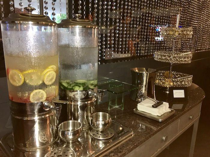 Royal Sonesta Boston Hotel Review including the restaurant ArtBar. The perfect hotel for your stay in Boston or Cambridge Massachusetts!