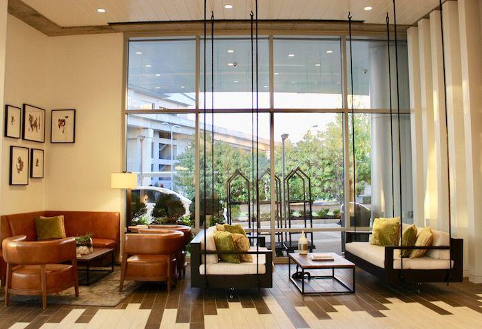 one of the best hotels in Atlanta, atlanta airport hotels, Atlanta staycation at the Renaissance Atlanta Airport Gateway Hotel! My comprehensive review of this stylish Atlanta airport hotel perfect for travelers.