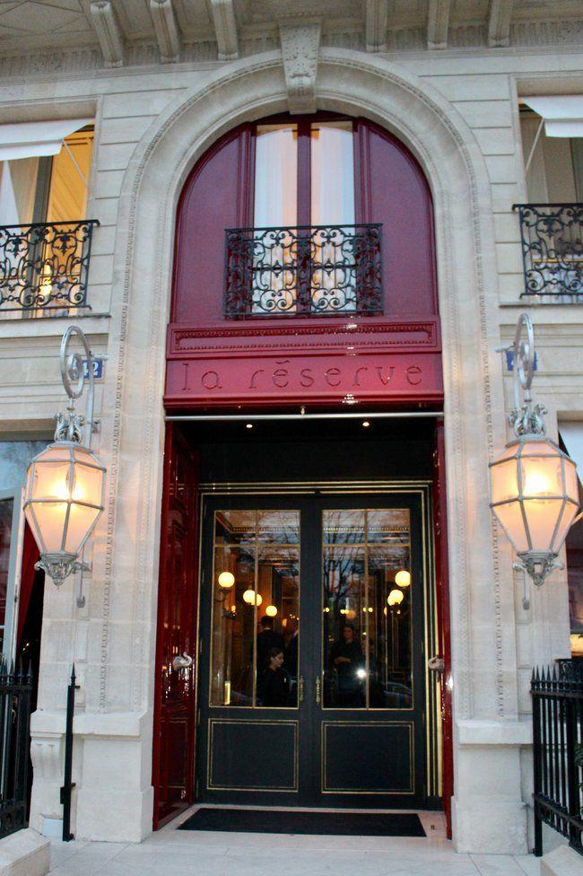 Fine Dining in Paris France at La Reserve Hotel & Spa! Head to La Pagode de Cos for an amazing dining experience!