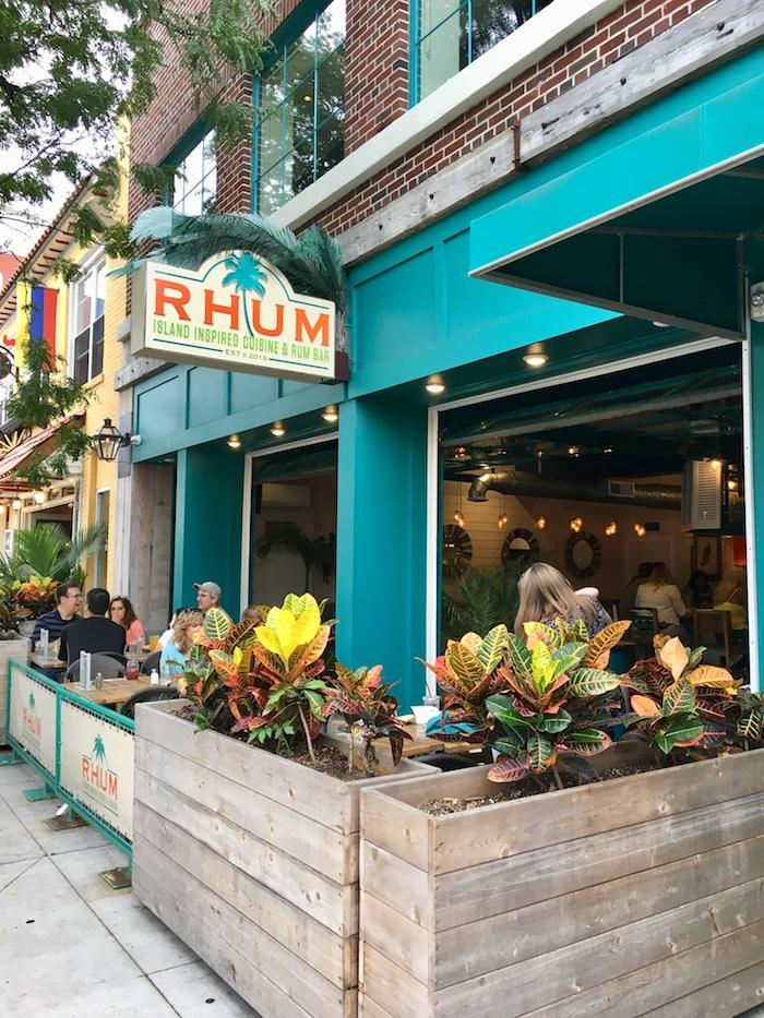 Rhum restaurant and bar in Long Beach