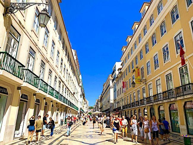 Portugal travel guide, 11 awesome reasons to visit portugal now, lisbon, porto, sintra, douro valley