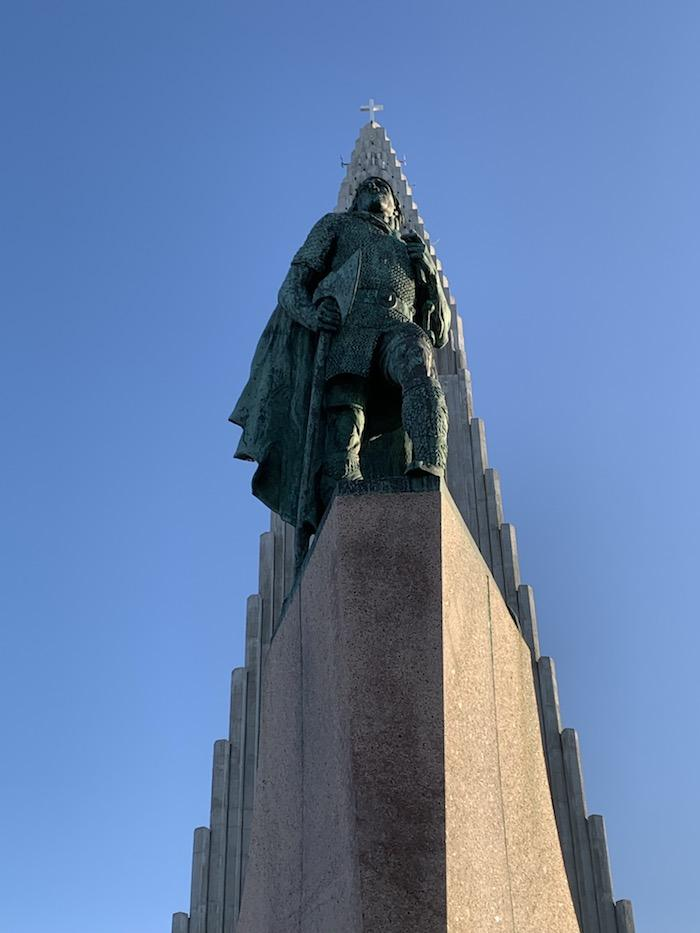 statue of Leif Erikson in the front of Hallgrimskirkja