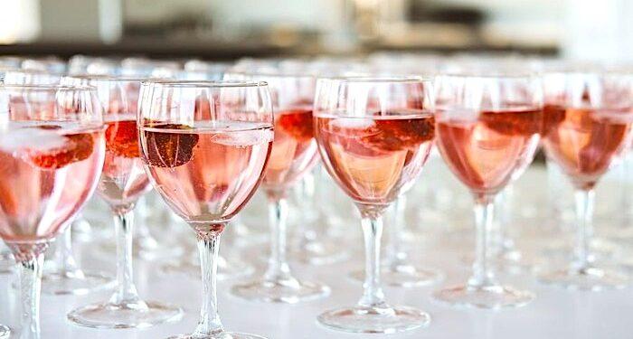 rosé wine, food and wine, rosé wine 101, rosé wine guide, wine information, red wine, red wine, wine tasting, wine pairings, wine festivals, rosé wine food pairings