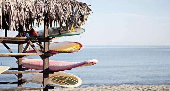 things to do in malibu california, malibu restaurants, wine tasting in malibu, malibu beaches, shopping in malibu